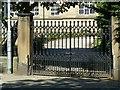 SE3321 : Gateway to Queen Elizabeth Grammar School, Northgate by Alan Murray-Rust