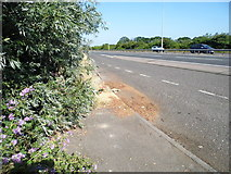 TR1566 : Layby on Thanet Way, Greenhill by David Howard