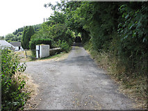 S6811 : Entrance and Track by kevin higgins