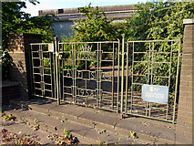 SE9010 : Decorative gates at Scunthorpe Steelworks by Gareth James