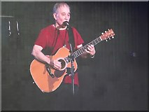 TQ2880 : Paul Simon in concert by Philip Halling