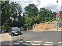TQ3370 : Precipitous double-dogleg Jasper Road, Upper Norwood, south London by Robin Stott