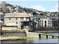SW8033 : Waterfront properties, Falmouth by Chris Allen