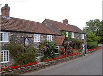 ST6161 : The Carpenters Arms, Stanton Wick by Neil Owen