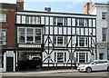 SK3516 : The Queen's Head, Market Street, Ashby-de-la-Zouch by Alan Murray-Rust