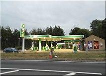 SP4310 : Petrol station on the A40, Eynsham by David Howard