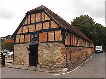 SP7006 : Tithe Barn, Thame by Chris Andrews