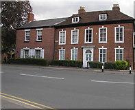 SP2871 : Cumnor House, Abbey Hill, Kenilworth by Jaggery