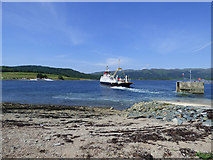 NS0374 : Ferry leaving Colintraive by Thomas Nugent