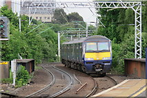 NS5566 : Train Approaching Partick Railway Station by David Robinson