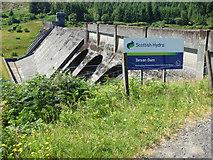 NS0783 : Loch Tarsan dam by Thomas Nugent