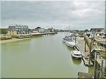 TQ0202 : Littlehampton, River Arun by Mike Faherty