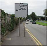 ST3091 : St Joseph's Hospital direction sign, Malpas Road, Newport by Jaggery