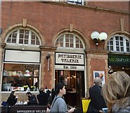 TQ2782 : Patisserie Valerie, Marylebone Station by N Chadwick