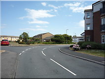 NZ3664 : Bend on Low Lane, South Shields by JThomas