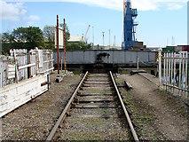 TF3243 : Swing bridge closed or open? by John Lucas