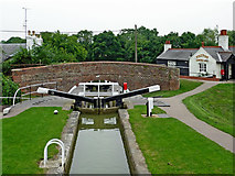 SP6989 : Lock No 16 and bridge at Foxton in Leicestershire by Roger  Kidd