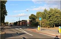 SU6067 : Bath Road, Aldermaston by David Howard