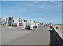 TQ2704 : Hove, shelter by Mike Faherty