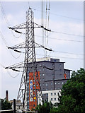 SK5803 : Pylon and apartment block in Leicester by Roger  Kidd