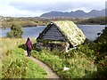 NC1526 : Shelter on the shore of Loch an t-Sabhail by Oliver Dixon