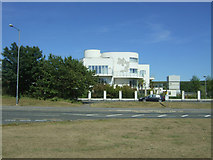 NZ2027 : Tindale Towers, Art Deco style flats on  Dilks Street,  Bishop Auckland by JThomas