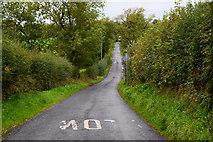 H4764 : Slow marking along Letfern Road by Kenneth  Allen