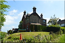 TQ6242 : Cockshoot Cottages by N Chadwick