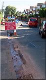 ST3090 : When red light shows, wait here, Pillmawr Road, Malpas, Newport by Jaggery