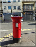 SJ8498 : Victorian postbox on Swan Street, Manchester, M4 by JThomas