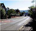 ST3391 : Start of the 20 zone, Station Road, Caerleon by Jaggery