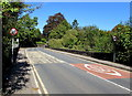 ST3391 : Start of the 30 zone, Station Road, Caerleon by Jaggery