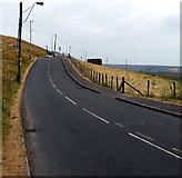 SO1004 : Unclassified road from Pentwyn towards Fochriw by Jaggery
