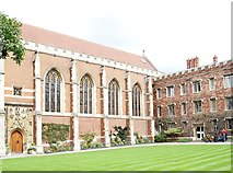 TL4458 : Walnut Tree Court, Queens' College, Cambridge by David Hallam-Jones