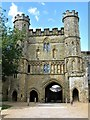 TQ7415 : Gatehouse, Battle Abbey by G Laird