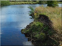 NS3977 : River bank with bricks and clinker by Lairich Rig