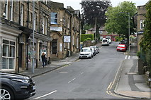 SE1147 : Ilkley:  Chantry Drive by Dr Neil Clifton
