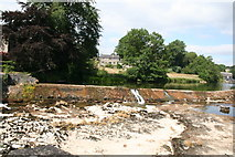 SE0063 : Linton:  Lower weir in drought by Dr Neil Clifton