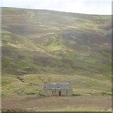 NO1485 : House at Newbigging, Glen Clunie by Alpin Stewart