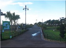 TM1714 : Clacton-on-Sea: Listed street lights c 1912, Marine Parade West by Nigel Cox