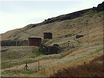 SE0210 : Ventilation Towers, Standedge Tunnels by JThomas