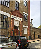 TQ3480 : Entrance to Chimney Court, Brewhouse Lane, Wapping by Robin Stott