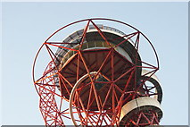 TQ3783 : Looking up at the Arcelor-Mittal Orbit from the perimeter path of the South Lawn #2 by Robert Lamb