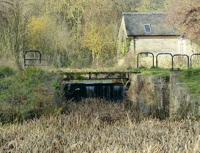 SK4451 : Marshall's Lock, No.6, Cromford Canal by Alan Murray-Rust