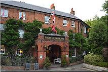 SU7682 : Red Lion Hotel by N Chadwick