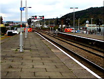 SS6593 : Northeast end of Swansea railway station by Jaggery