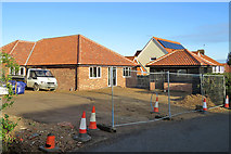 TM2844 : Waldringfield: building on Cliff Road by John Sutton