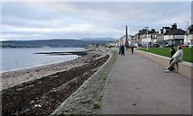 NS2982 : The Esplanade, Helensburgh by Richard Sutcliffe