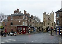 SE5951 : Blossom Street at Micklegate Bar by Alan Murray-Rust
