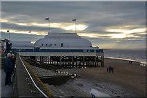 ST3049 : Burnham-on-Sea : Berrow Sands & Pier by Lewis Clarke